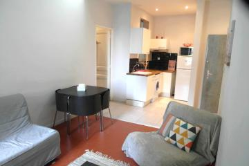1 bedroom of Modern Flat apartments in Marseille Cinq Avenues
