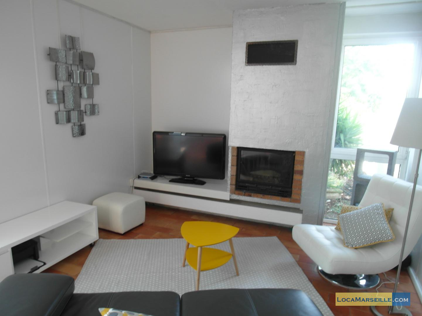 Furnished House Whis Swimming Pool To Rent In Marseille