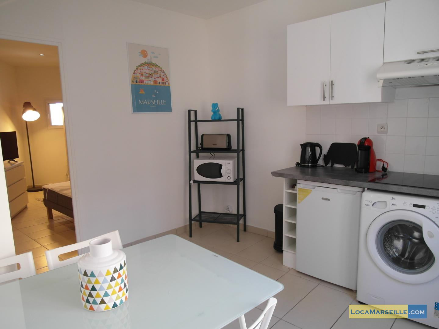 Furnished studio for rent in marseille 2nd district for Furnished studio apartments